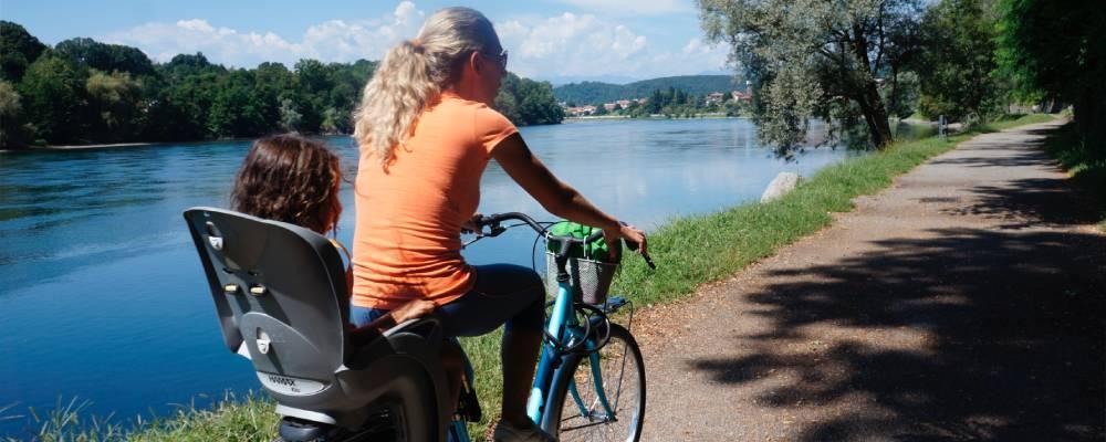 Sesto Calende, pista ciclabile sul lungofiume Ticino